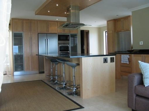 Custom Made Kitchen Units In Maple