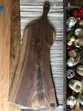 Custom Made Ships Immediately - The Sophia - Extra Large Long Walnut Cutting/Serving Board With Long Handle