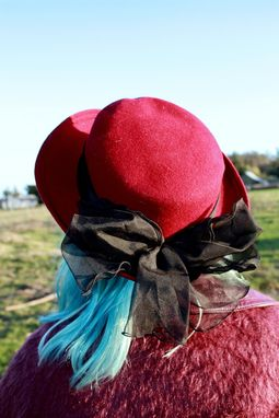 Custom Made Vintage 50s Burgundy Felted Wool Hat With Chiffon Band And Bow