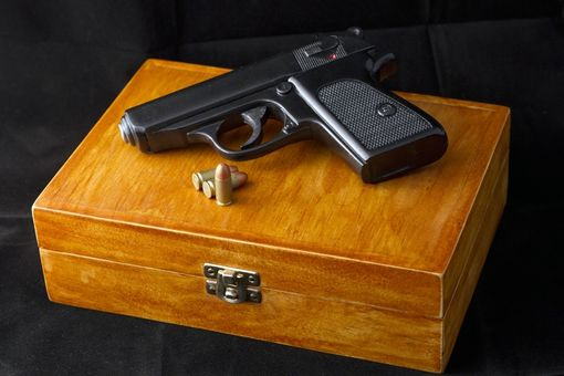 Custom Made Walther P-P-K In Display Case From Dr No (1962)