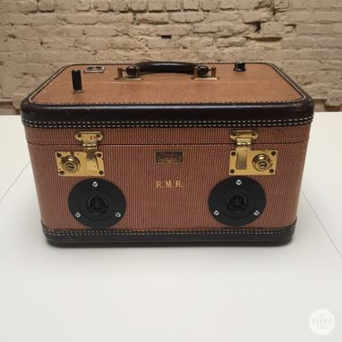 Custom Made The Hifi Case - Traincase Speaker