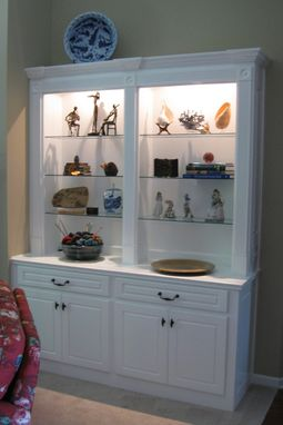 Custom Made Built In Bookshelves