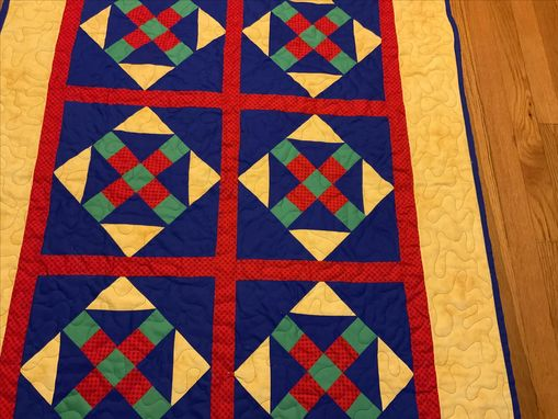 "Custom Made Amish ""Monkey Wrench"" Pattern Crib Or Lap Quilt"
