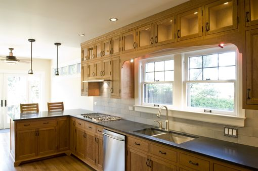 Custom Made Traditional Fsc Cherry Kitchen