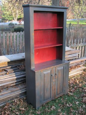 Custom Made Primitive Step Back Hutch