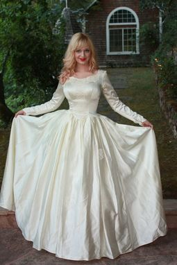 Custom Vintage 1950s Silk Satin Wedding Dress Princess Ball Gown ...