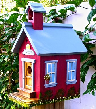 Custom Made Custom Made Birdhouses & Feeders