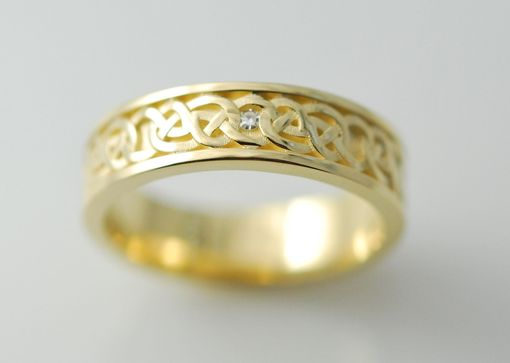 Custom Made 14kt Yellow Gold,Diamond Celtic Knot Design