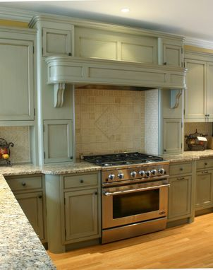 Custom Made Kitchen 1