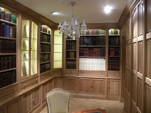 Custom Made Linen-Fold Wall Paneling London, England