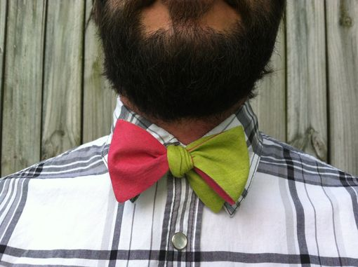 Custom Made Reversible Lazy Linen Bow Tie- Avocado & Hot Pink
