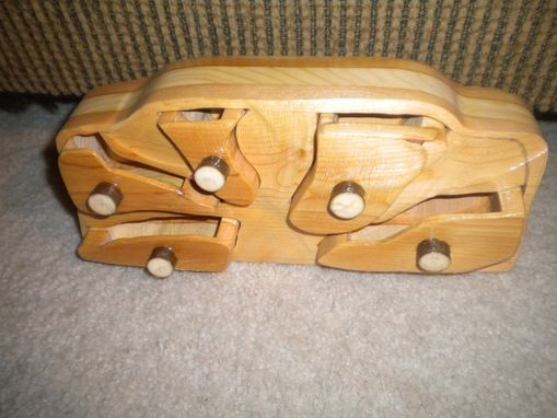 Custom Made Bandsaw Box