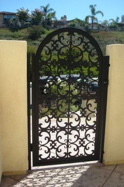 Custom Made Italian Metal Gate On Sale Decorative Ornamental Custom Iron Garden Entry Art