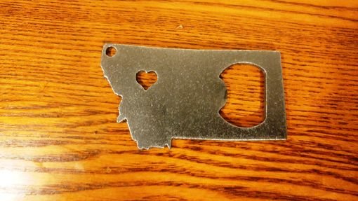 Custom Made State Montana Mt Recycled Metal Bottle Opener Key Chain Groomsmen Party Wedding Favors For Him Her