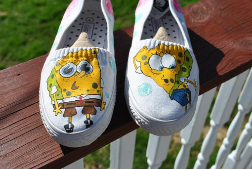 Custom Made Funny Sponge Bob Sneakers Size 7 - Sold