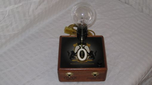 Custom Made Cigar Box Desk Lamp: Onyx Reserve