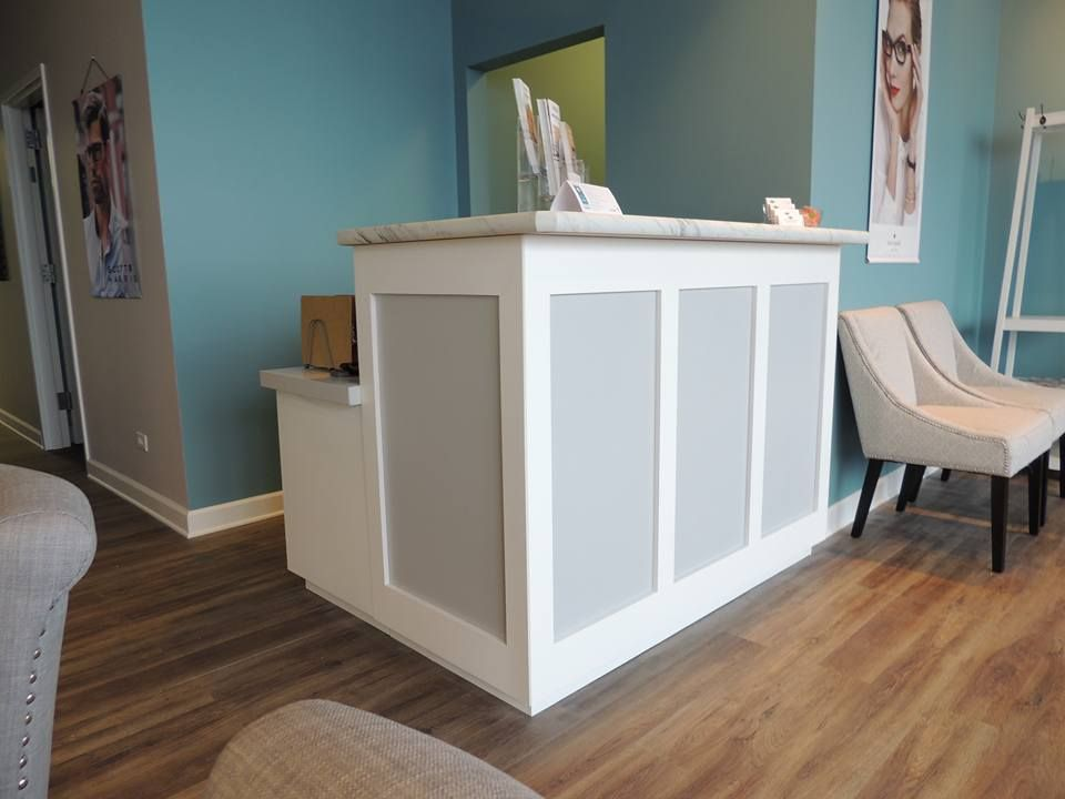 Custom Made Reception Desk By Parkinsons Custom Woodworks