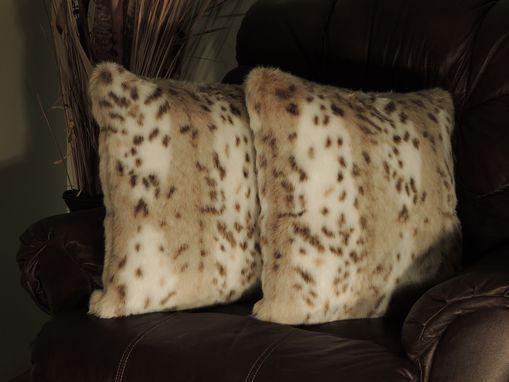 Custom Made Siberian Leopard Beige Faux Fur 18 X 18 In. Decorative Pillow - Set Of 2