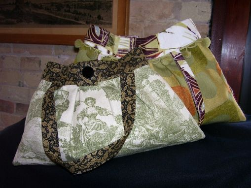 Custom Made Fabric Handbags And Totes