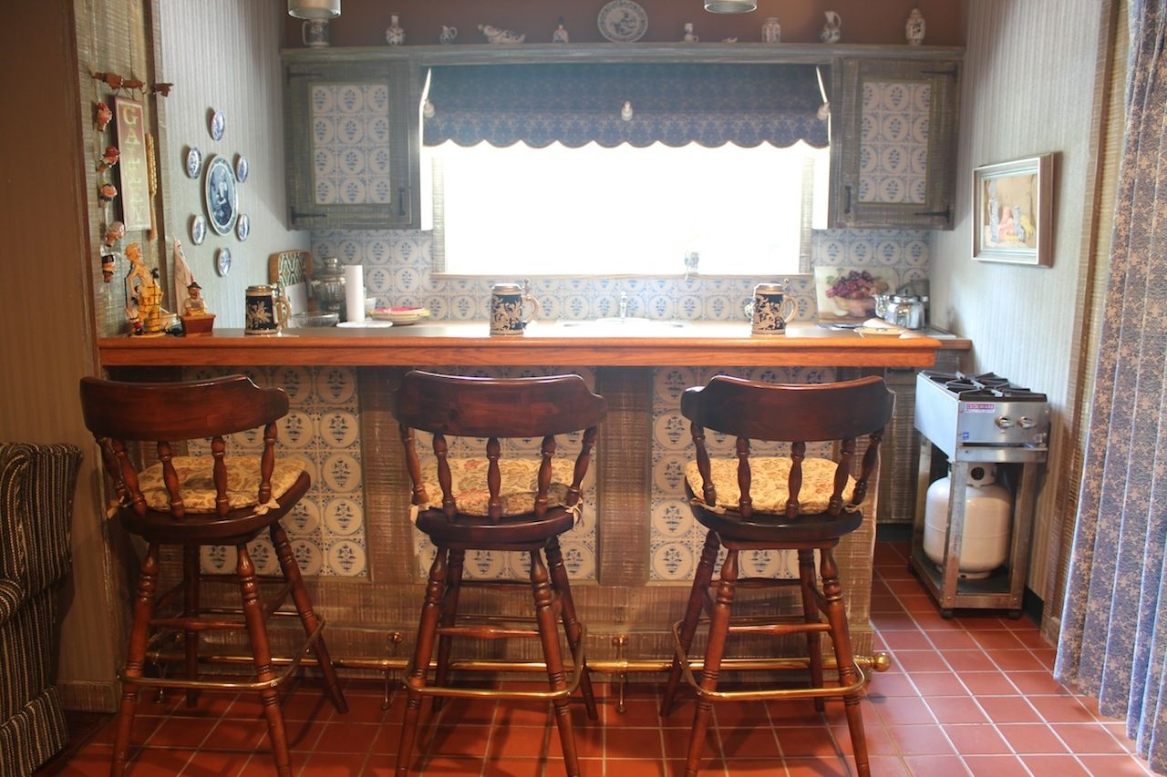 Custom Made Rustic Farm House Wet Bar By R J Hoppe Inc