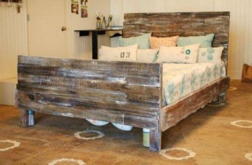 Custom Made Reclaimed Pallet Wood Bed