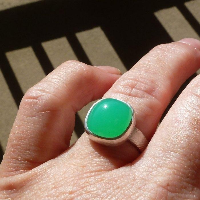 Resultado de imagen para green stones jewelry