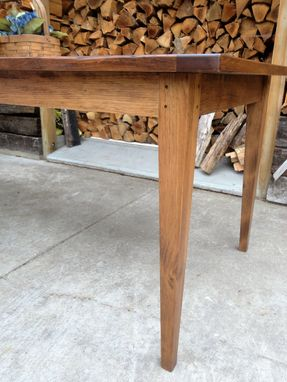 Custom Made Farm Table/ Shaker Style Table/ Made In New Hamsphire Custom Furniture/ A Vintage Wren