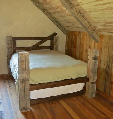 Custom Made Reclaimed Post & Trundle Bed