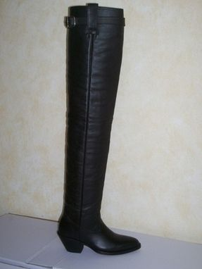 Custom Made Thight High Custom Made Boots Genuine Leather And Patent Leather Special Hand Made Embroideries.