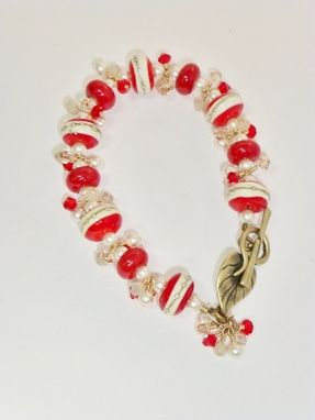 Custom Made Lampwork Red, Cream And Silver/Gold Rondelle Bracelet With Swarovski Crystals And Pearls