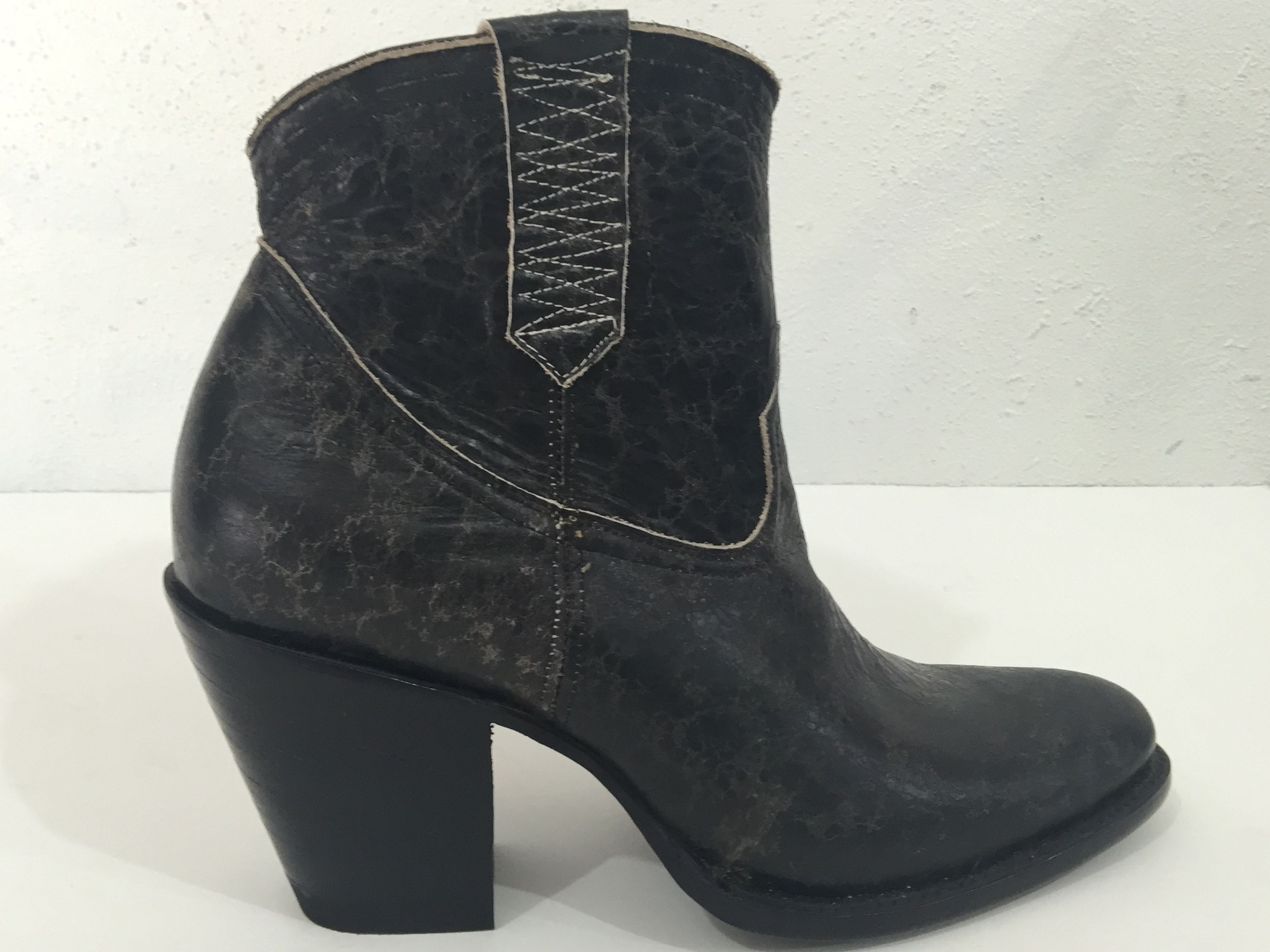 Custom Made Black Distressed Old Look Ankle Boots Round