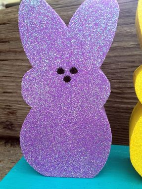 Custom Made Easter Decor -- Hangin' With My Peeps