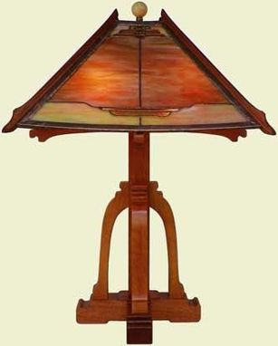 Custom Made Stained Glass Table Lamp - Pagoda Series