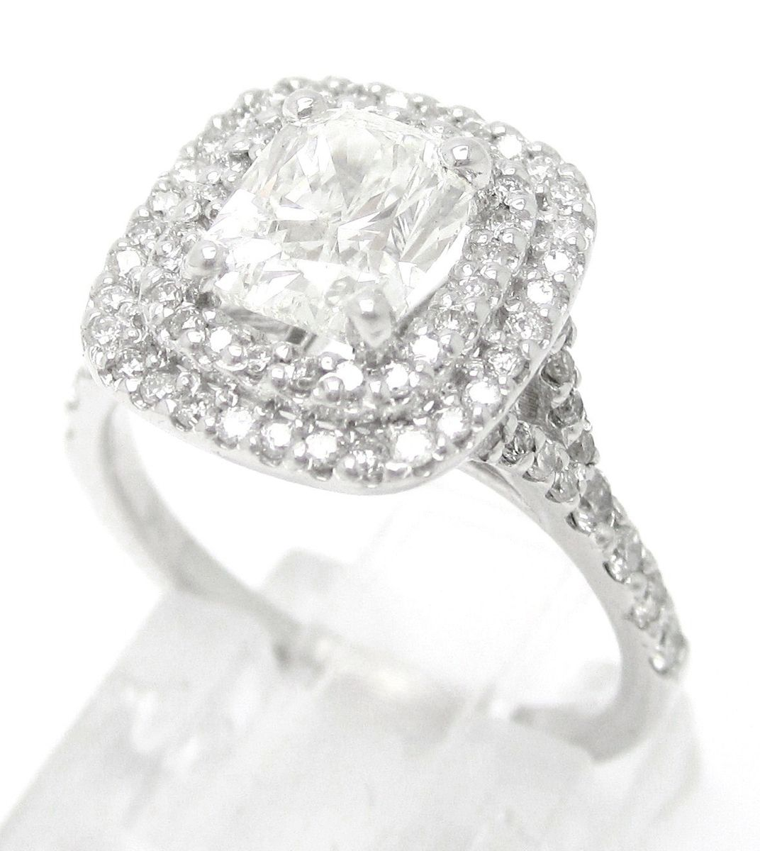 Custommade Diamond: Hand Crafted 2.15ctw Soleste Style Diamond Engagement Ring