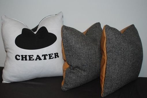 Custom Made 18x18 Vintage Black And White Pillow Cover - Funky Upcycled T-Shirt - Vintage Boucle