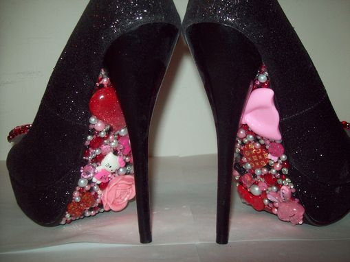 Custom Made Hello Kittens Collection (Hello Kitty Pumps- Red/Pink)