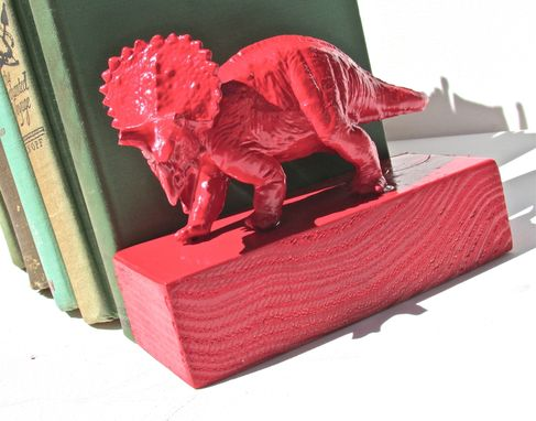 Custom Made Fun Recycled Animal Toy Book Ends.  Great For Children's Rooms