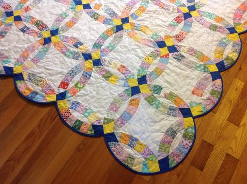 Custom Made Custom Double Wedding Ring Scalloped Edge Quilt