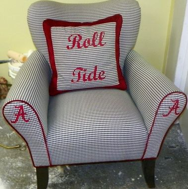 Custom Made Team Chair Roll Tide Roll