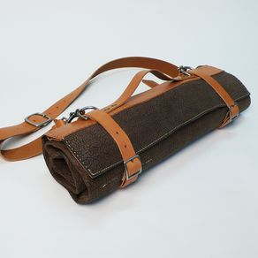 custom knife rolls leather knife bags. Black Bedroom Furniture Sets. Home Design Ideas