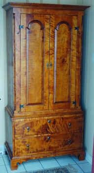 Custom Made Pennsylvania Linen Press