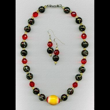 Custom Made Regina Crocea Necklace & Earrings Set
