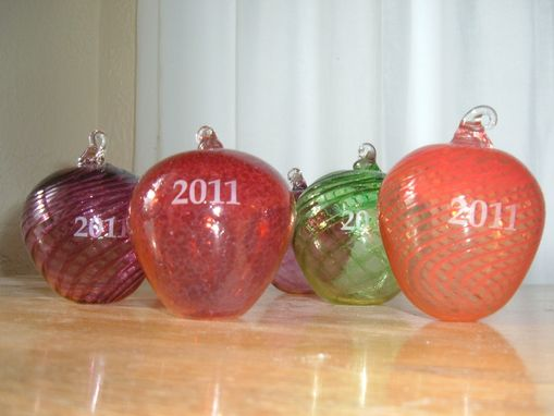 Custom Made Apple Ornaments Engraved With Date