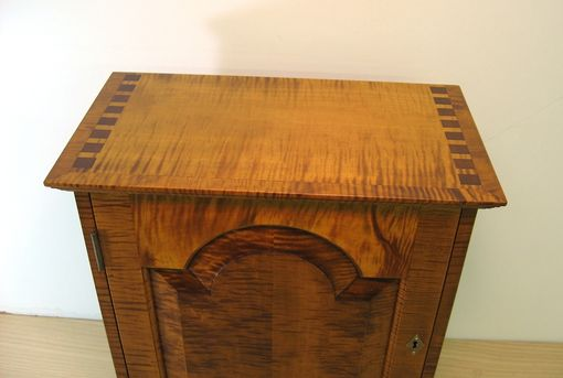 Buy Hand Crafted Curly Tiger Maple Spice Chest With 11