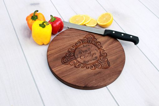 Custom Made Personalized Cutting Board, Engraved Cutting Board, Custom Wedding Gift – Cbr-Wal-Bencaitlyn