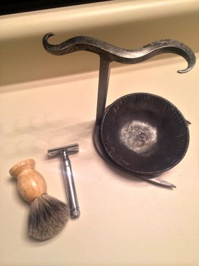 Hand Crafted Bathroom Safety Razor And Brush Stand With