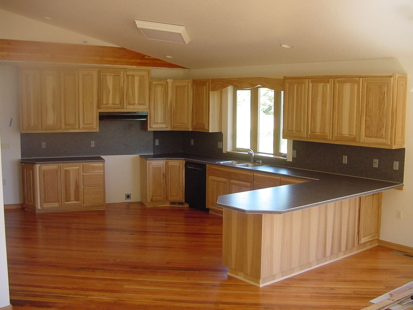 Hand Made Hickory Kitchen By Artisan Woodcraft Inc