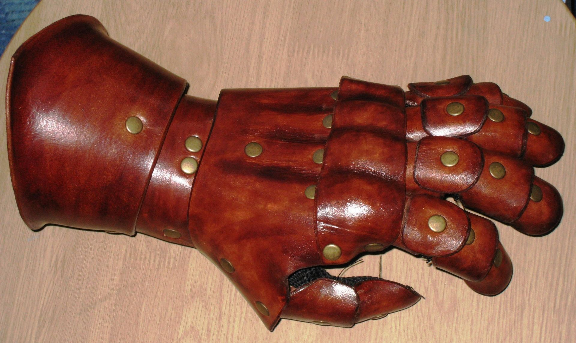 Custom Leather Gauntlet By Lady Heather 39 S Fashions