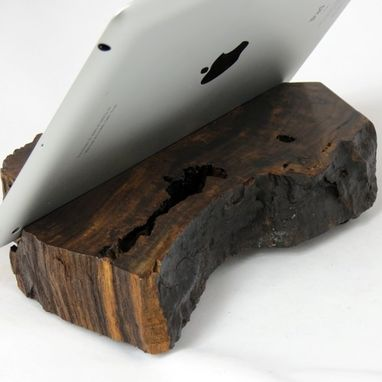 Custom Made Reclaimed Wood Ipad Stand – Rodeo