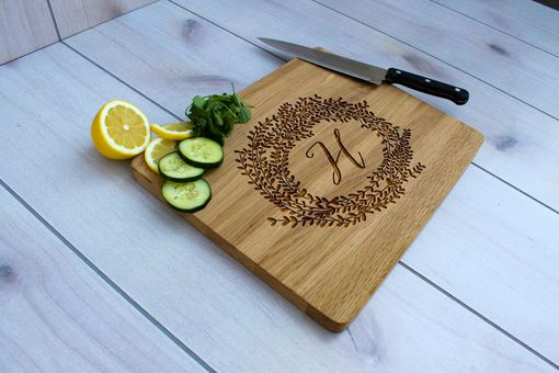 Custom Made Personalized Cutting Board, Engraved Cutting Board, Custom Wedding Gift – Cb-Wo-H Reef